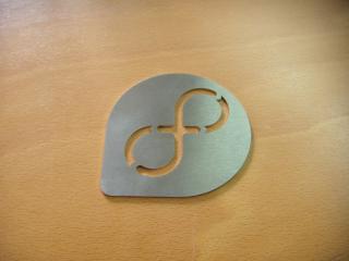 обои для рабочего стола: Fedora logo stainless steel