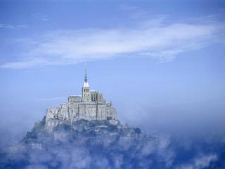 обои Замок в тумане, Франция фото