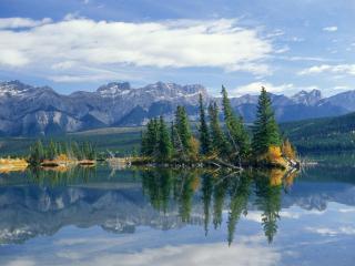 обои Озеро в горах, Канада фото