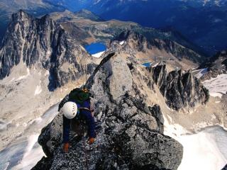 обои Альпинист в горах, Канада фото
