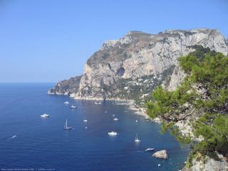 обои Море у острова Капри фото