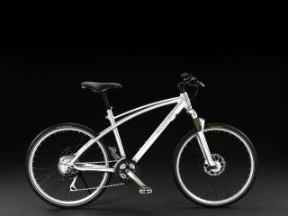 обои Mercedes-Benz Sport Trekking Bike серебристый красавец фото