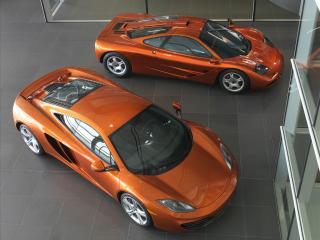 обои McLaren 2011 MP4 12C top views  и старая модель фото