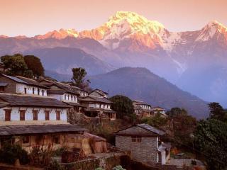 обои Поселение в горах фото