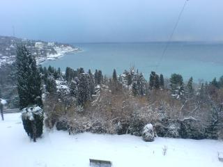 обои Алупка в снегу фото
