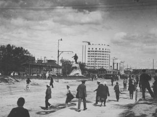 обои Свердловск. Старый город - Трамвайная линия фото