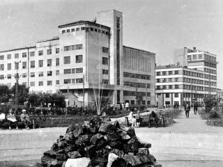 обои Свердловск. Старый город - Старый фонтан фото