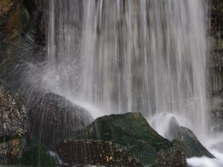 обои Искусственный водопад фото