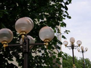 обои Городские фонари летом фото