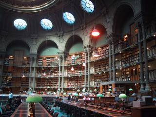 обои Национальная библиотека Франции. Великолепна, как по форме, так и по содержанию фото