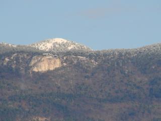 обои Заснеженная гора фото