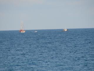 обои Рыбаки на море фото