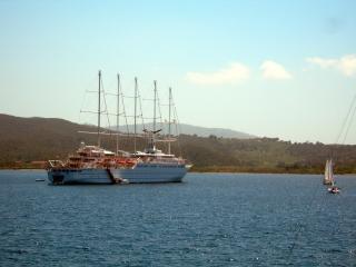 обои Корабль у берегов Тосканы фото