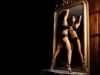 обои Mirror pose wds фото
