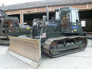 обои Мощьный трактор с ковшом фото
