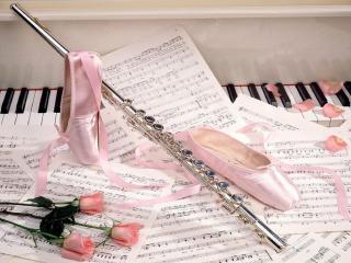 обои Флейта на пианино фото