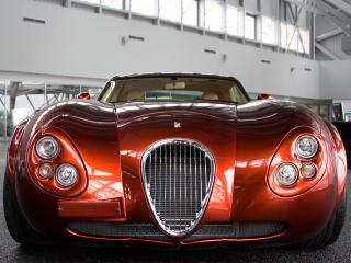 обои Wiesmann Supercar красного цвета фото