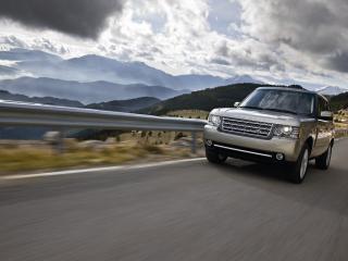 обои Range Rover на горной дороге фото