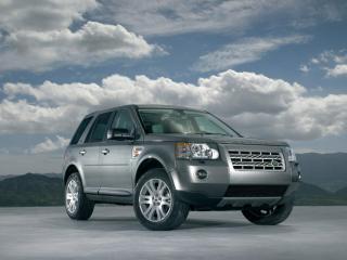 обои Land Rover на фоне неба фото