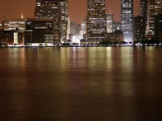 обои Город на берегу реки фото