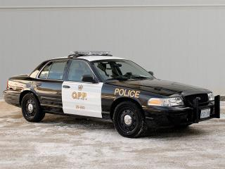 обои Ford Crown Victoria police фото