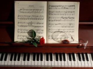 обои Великолепный рояль фото