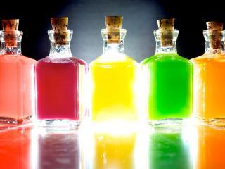 обои Духи - Разноцветные бутылочки фото