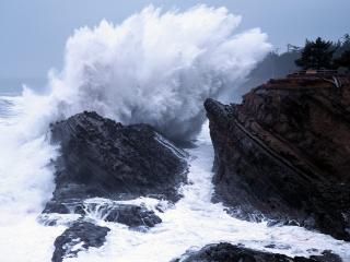 обои Разрушающие волны фото