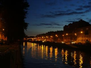 обои Река,   ночной город фото