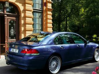 обои BMW B7 вид в городе фото