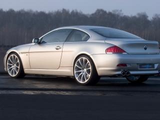 обои BMW_645Ci_HARTGE вид в движении фото