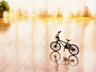 обои Маленький черненький велосипед фото
