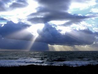 обои Тьма над морем фото