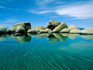 обои Валуны в море фото