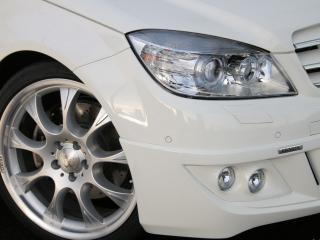 обои MB_C_estate brabus   вид машины  со стороны колеса фото