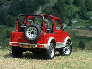 обои Suzuki Samurai красный вид сзади фото