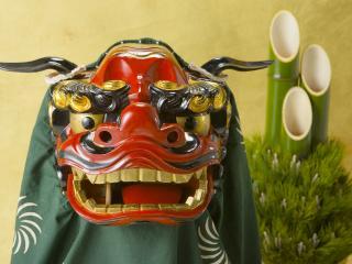обои Японская маска и разрезанный бамбук фото
