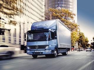 обои Mercedes-Benz Atego BlueTec 5 Hybrid фото