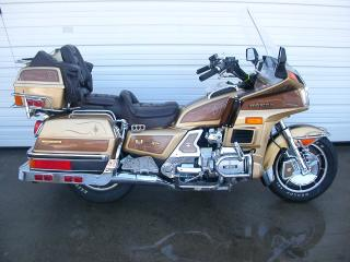 обои Honda Goldwing GL1200 фото