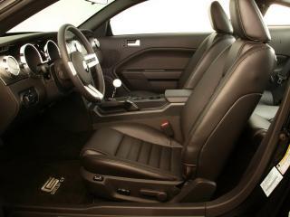 обои Ford Mustang кожанный салон фото
