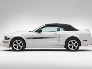 обои Ford MustangGT вид авто сбоку фото