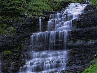 обои Лесной водопад фото