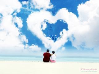 обои Влюблённые любуются на сердечко из облаков фото