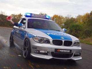 обои Полицейская БМВ погоня фото