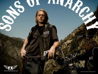 обои Sons Of Anarchy. молодой байкер фото
