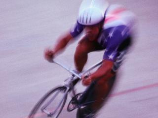 обои На велосепеде на скорости фото
