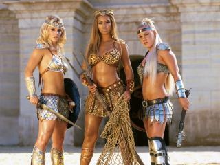 обои Britney Spears & Beyonce & Pink фото