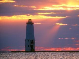 обои Breakwater Light on Lake Michigan,   Frankfort,   Michigan фото
