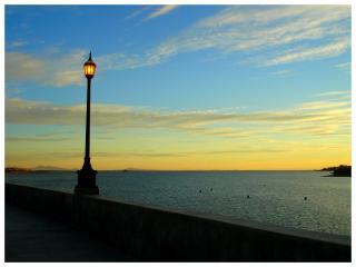 обои Seaside and light фото