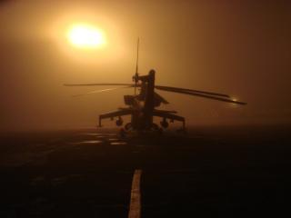 обои Ми-24 в тумане ночью фото
